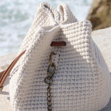 Hæklet taske med læderbund